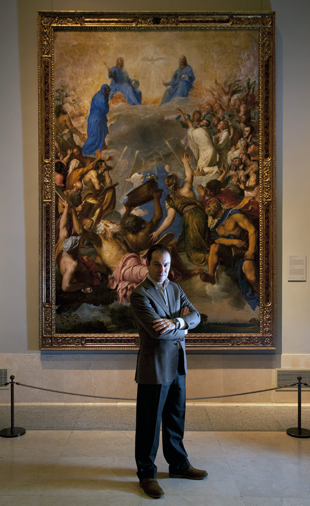 Javier Sierra ante La Gloria de Tiziano