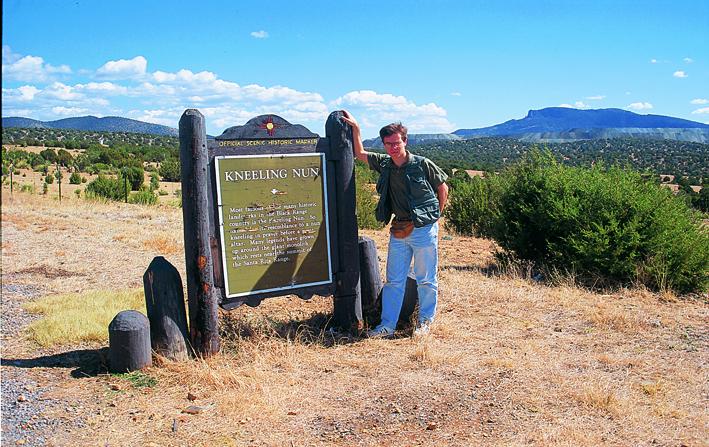 Javier Sierra en The Kneeling Num, Nuevo México