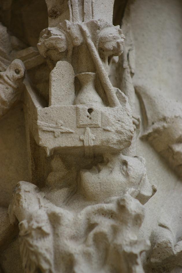 Tablas Ley en Pórtico norte Chartres